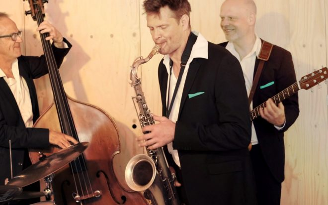 Jazztrio met saxofoon voor feest of receptie